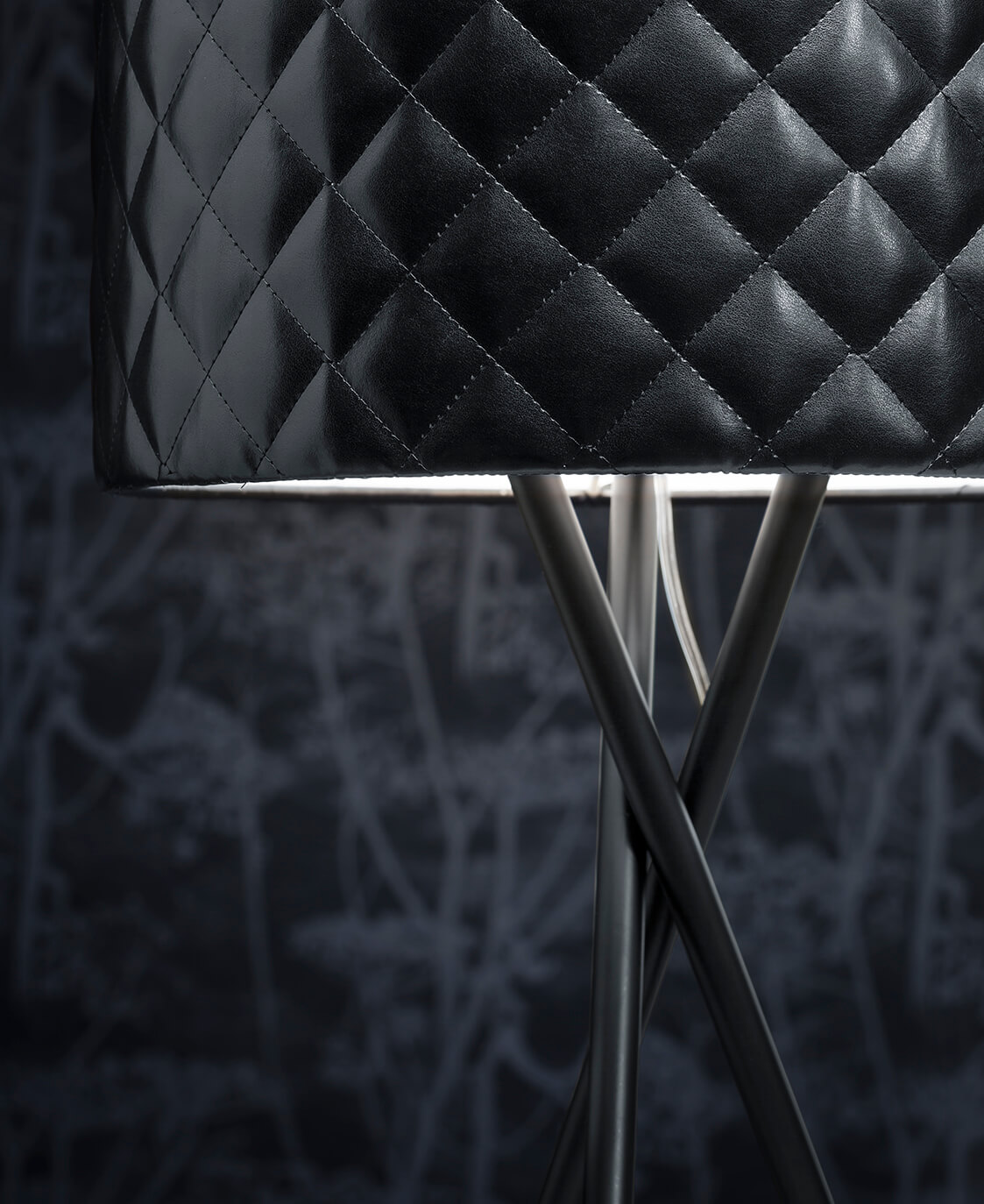 Mariutable4gallery.jpg